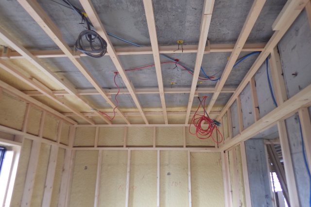 書斎リフォームの天井木枠施工