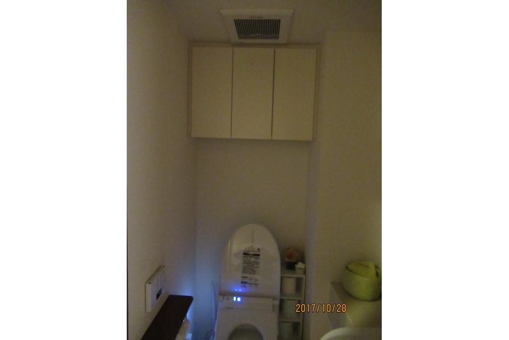 リフォーム前のトイレ・収納